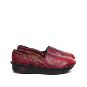 Alegria | Deb 654 red leather printed clogs